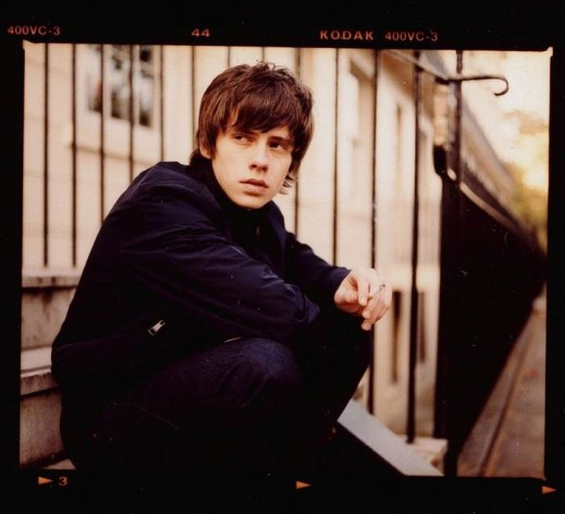 John-Lennon-vs-Jake-Bugg-Merry-Xmas-War-Is-Over