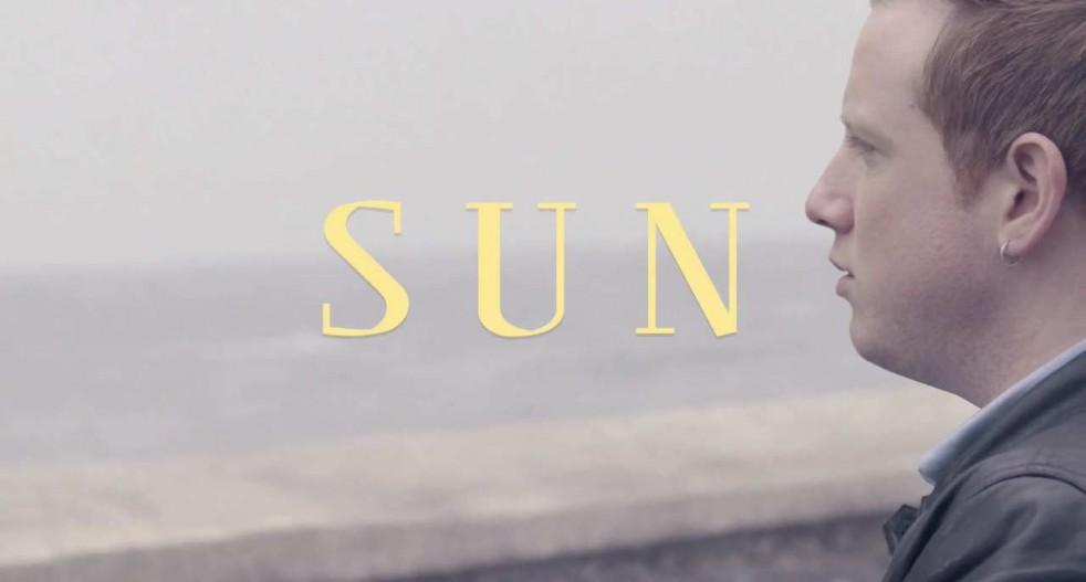 Two-Door-Cinema-Club-Sun-Video