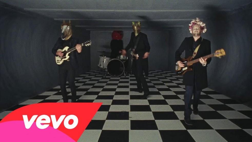Video: Franz Ferdinand - Love Illumination